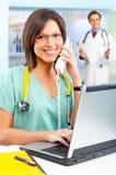 τηλέφωνο νοσοκόμων lap-top Στοκ Εικόνες