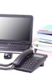 τηλέφωνο lap-top βιβλίων ανασκόπησης Στοκ φωτογραφία με δικαίωμα ελεύθερης χρήσης