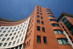 τηλεπικοινωνίες οικοδόμησης Στοκ εικόνες με δικαίωμα ελεύθερης χρήσης