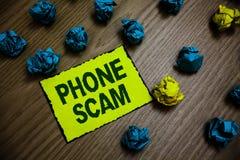 Τηλεφωνική απάτη κειμένων γραψίματος λέξης Επιχειρησιακή έννοια για να πάρει τις ανεπιθύμητες κλήσεις για να προωθηθούν τα προϊόν στοκ φωτογραφία με δικαίωμα ελεύθερης χρήσης