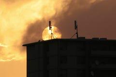 τηλεφωνικοί πύργοι κυττά&rh στοκ φωτογραφία με δικαίωμα ελεύθερης χρήσης