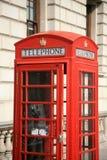 τηλεφωνικό κόκκινο θαλάμ&om Στοκ Φωτογραφία
