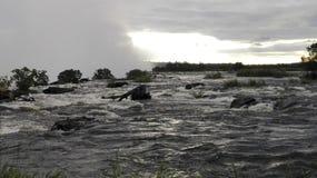 Της Ζάμπια πλευρά ηλιοβασιλέματος ποταμών Ζαμβέζη Στοκ εικόνα με δικαίωμα ελεύθερης χρήσης