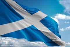 Της Σκωτίας ρεαλιστική τρισδιάστατη απεικόνιση υποβάθρου μπλε ουρανού εθνικών σημαιών κυματίζοντας διανυσματική απεικόνιση