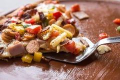 Της Χαβάης ανυψωμένη πίτσα φέτα στοκ εικόνες