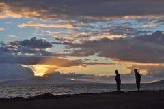 Της Χαβάης ηλιοβασίλεμα για δύο Στοκ Φωτογραφία