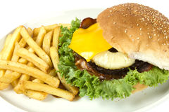 Της Χαβάης burger και τσιπ Στοκ Φωτογραφία