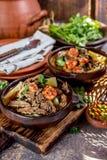 Της Χιλής Ajiaco Λατινοαμερικάνικα τρόφιμα Ajiaco - παραδοσιακή της Χιλής σούπα με το ψημένες στη σχάρα κρέας, το κρεμμύδι και τη Στοκ Φωτογραφίες