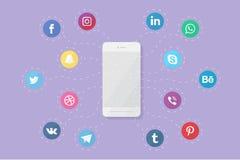 Τηλέφωνο με τα κοινωνικά λογότυπα μέσων Στοκ εικόνες με δικαίωμα ελεύθερης χρήσης