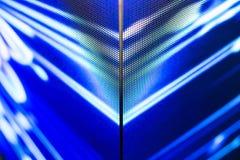 Τηλεοπτικός τοίχος των φωτεινών χρωματισμένος οδηγήσεων με το υψηλό διαποτισμένο σχέδιο - clos Στοκ εικόνες με δικαίωμα ελεύθερης χρήσης