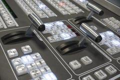 Τηλεοπτικός Switcher παραγωγής της τηλεοπτικής ραδιοφωνικής μετάδοσης Στοκ Εικόνα