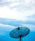 Τηλεπικοινωνίες στον ουρανό Στοκ φωτογραφία με δικαίωμα ελεύθερης χρήσης
