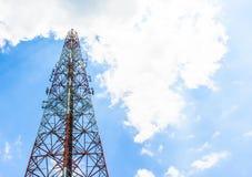 Τηλεφωνικοί πύργοι κυττάρων Στοκ Εικόνες