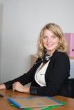 Τηλεφωνικό κέντρο με τη γυναίκα Στοκ εικόνα με δικαίωμα ελεύθερης χρήσης