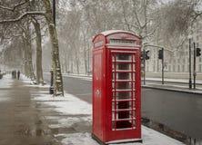 τηλεφωνικό κόκκινο του Λονδίνου θαλάμων Στοκ Φωτογραφία