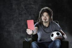 Τηλεόραση προσοχής οπαδών ποδοσφαίρου Στοκ Φωτογραφίες