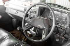 Τιμόνι στην παλαιά επανάλειψη της Toyota στοκ εικόνα με δικαίωμα ελεύθερης χρήσης