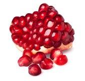 Τμήμα φρούτων ροδιών που απομονώνεται Στοκ εικόνα με δικαίωμα ελεύθερης χρήσης