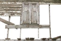 Τοίχοι, παλαιά ξύλινα παράθυρα Στοκ φωτογραφία με δικαίωμα ελεύθερης χρήσης
