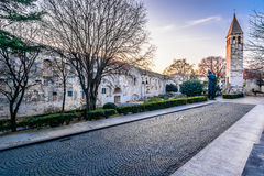 Τοίχοι παλατιών Diocletian στη διάσπαση, Κροατία Στοκ φωτογραφία με δικαίωμα ελεύθερης χρήσης