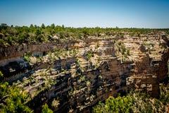 Τοίχοι των μεγάλων απότομων βράχων φαραγγιών, AZ στοκ εικόνες
