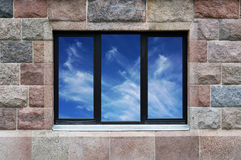 Τοίχος γρανίτη με το παράθυρο Στοκ εικόνες με δικαίωμα ελεύθερης χρήσης