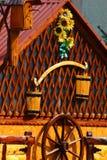 Τοίχος και παράθυρο του σπιτιού Στοκ εικόνες με δικαίωμα ελεύθερης χρήσης