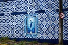 τοίχος με το διακοσμητικό πάτωμα στοκ εικόνες