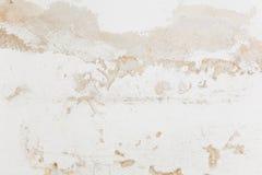Τοίχος με το θρυμματιμένος ασβεστοκονίαμα Στοκ Φωτογραφίες