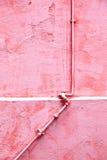 Τοίχος με το σωλήνα εξόδων Στοκ Φωτογραφίες
