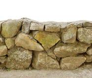 τοίχος πετρών τεκτονικών του μεγάλου ασβεστόλιθου πετρών άσπρος απομονώστε backg Στοκ Φωτογραφία