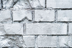 Τοίχος πετρών τούβλου που χρωματίζεται στο ασήμι, υπόβαθρο γκράφιτι Στοκ φωτογραφία με δικαίωμα ελεύθερης χρήσης