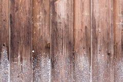 Τοίχος που καλύπτεται ξύλινος με το hoarfrost στοκ φωτογραφία με δικαίωμα ελεύθερης χρήσης