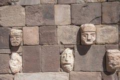 Τοίχος προσώπου σε Tiwanaku, Altiplano, περιοχή Titicaca, της Βολιβίας Στοκ φωτογραφία με δικαίωμα ελεύθερης χρήσης