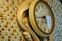 τοίχος σπιτιών διακοσμήσεων ρολογιών Στοκ φωτογραφία με δικαίωμα ελεύθερης χρήσης