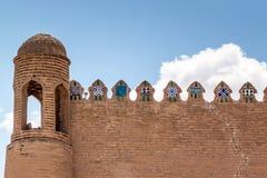 Τοίχος του αρχαίου φρουρίου σε Khiva Στοκ Φωτογραφίες
