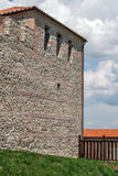 Τοίχος του αρχαίου φρουρίου Tsari Μαλί grad, επαρχία της Sofia, Στοκ Φωτογραφία