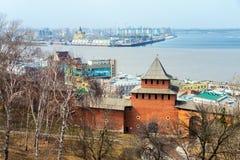 Τοίχος του Κρεμλίνου σε Nizhny Novgorod, Ρωσία την άνοιξη Στοκ φωτογραφίες με δικαίωμα ελεύθερης χρήσης