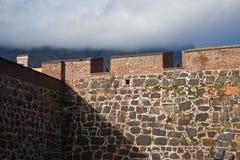Τοίχος του φρουρίου με τα πυροβόλα Στοκ Εικόνα