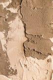 Τοίχος το άσπρο ασβεστοκονίαμα που εφαρμόζεται με ως υπόβαθρο Στοκ Φωτογραφίες