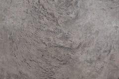 Τοίχος τσιμέντου με τη σύσταση και τη ρωγμή στην επιφάνεια Ο γκρίζος τόνος είναι εμφανίζεται από το επίστρωμα Στοκ εικόνες με δικαίωμα ελεύθερης χρήσης