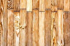 Τοίχος των καφετιών ξύλινων σανίδων - σύσταση στο υπόβαθρο 1 Στοκ Εικόνες