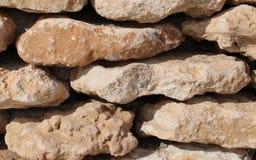 Τοίχος των καφετιών πετρών στοκ φωτογραφία