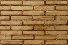 Τοίχος των ξύλινων τούβλων Στοκ εικόνες με δικαίωμα ελεύθερης χρήσης