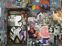 τοίχος graffitti γκράφιτι ανασκόπησης grunge Στοκ Φωτογραφία