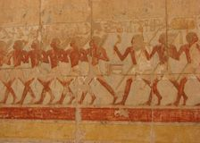 Τοιχογραφία πολεμιστών στο ναό Hatshepsut στοκ εικόνες