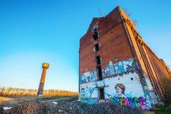 Τοιχογραφία του γερμανικού ομοσπονδιακού καγκελαρίου Άνγκελα Μέρκελ σε ένα εγκαταλειμμένο εργοστάσιο Στοκ εικόνα με δικαίωμα ελεύθερης χρήσης