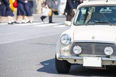 ΤΟΚΙΟ - ΙΑΠΩΝΙΑ, ΣΤΙΣ 18 ΦΕΒΡΟΥΑΡΊΟΥ 2016: Κλασικό μίνι αυτοκίνητο του Ώστιν Στοκ φωτογραφίες με δικαίωμα ελεύθερης χρήσης