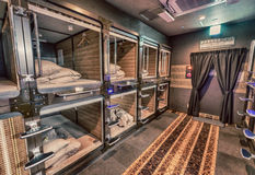 ΤΟΚΙΟ - 1 ΙΟΥΝΊΟΥ 2016: Εσωτερικό του ξενοδοχείου καψών στο κέντρο πόλεων Στοκ εικόνες με δικαίωμα ελεύθερης χρήσης