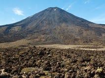 Το ηφαίστειο τομέων λάβας τοποθετεί Ngauruhoe στη Νέα Ζηλανδία Στοκ φωτογραφίες με δικαίωμα ελεύθερης χρήσης